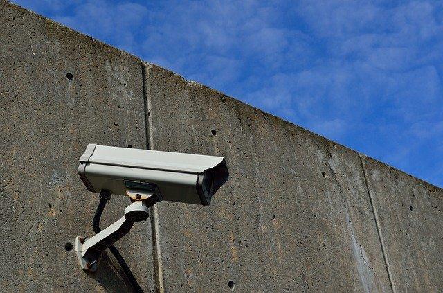 Dlaczego warto zamontować monitoring w swoim domu?